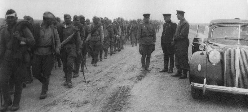 Части 39-й армии Забайкальского фронта на марше в маньчжурской степи. Август 1945 г.