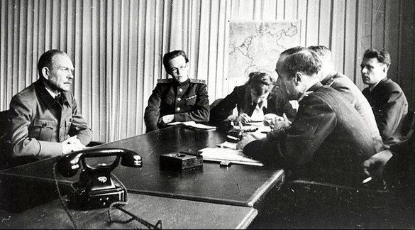 Допрос генерала Г. Гудериана. 1945 г.