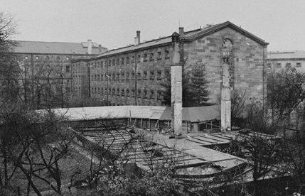 Тюрьма, в которой содержались подозреваемые Нюрнбергского процесса. 1945 г.