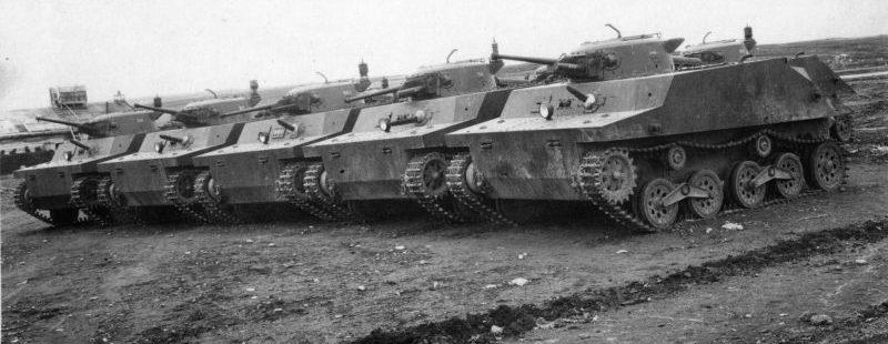 Японские плавающие танки Тип 2 «Ка-Ми», захваченные на острове Шумшу. Август 1945 г.