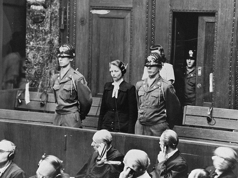 Подсудимая Герта Оберхойзер во время приговора на суде по делу врачей. Нюрнберг, 1947 г.