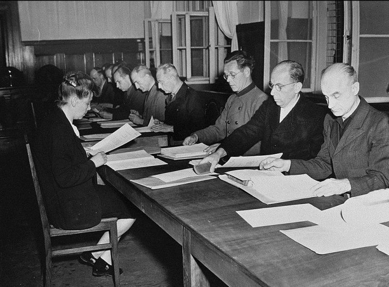 Нюрнбергский процесс по делу о расовых преступлениях. 1948 г.