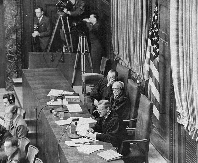 Судьи на процессе по делу о заложниках. 1948 г.