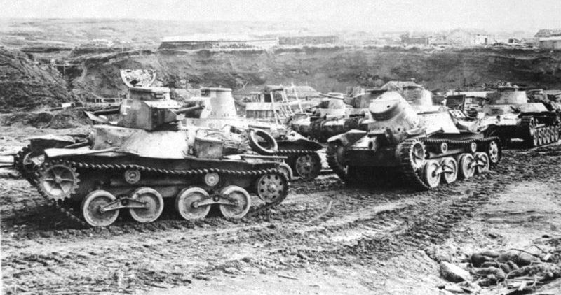 Танки «Ха-Го» и «Чи-Ха» на острове Шумшу во время капитуляции. Август 1945 г.