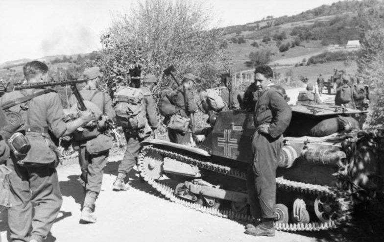 Немецкие войска в Албании.