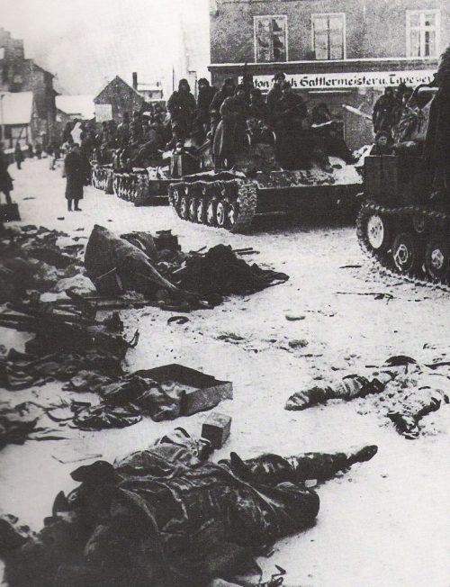Советские войска во время Висло-Одерского наступления.
