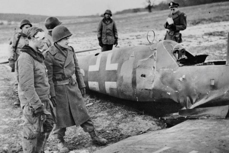Останки сбитого Messerschmitt Me-109G-14.