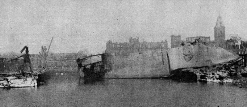SS Jalapadma на суше после взрыва.