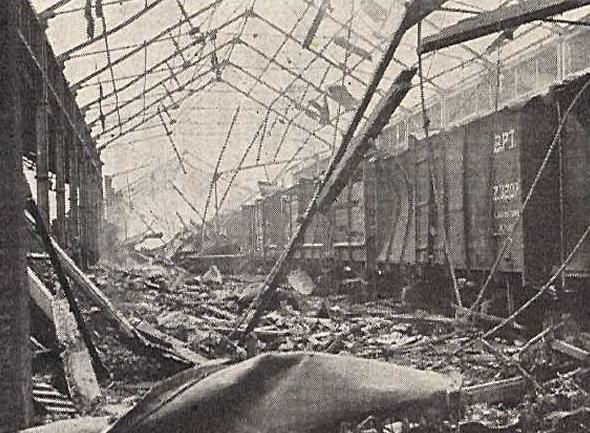 Последствия взрыва в Бомбее. 14 апреля 1944 г.