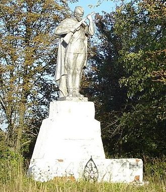 с. Веселое Великописаревского р-на. Братская могила советских воинов на кладбище.