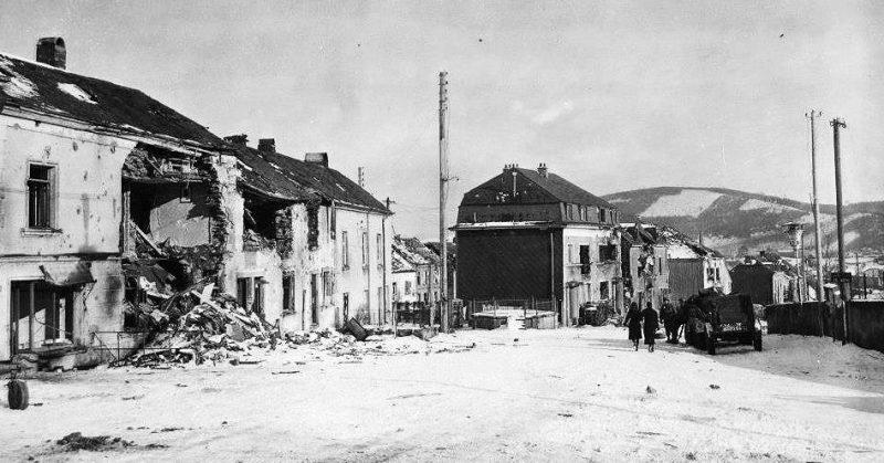 Разрушения в Вильце. Январь 1945 г.