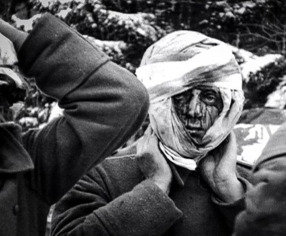 Немецкие военнопленные у деревни Нотум. Январь 1945 г.