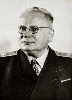 Народный комиссар иностранных дел СССР М.М. Литвинов.