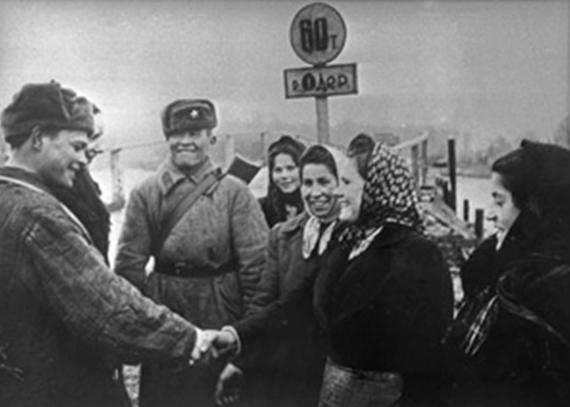 Встреча с поляками на Одере.