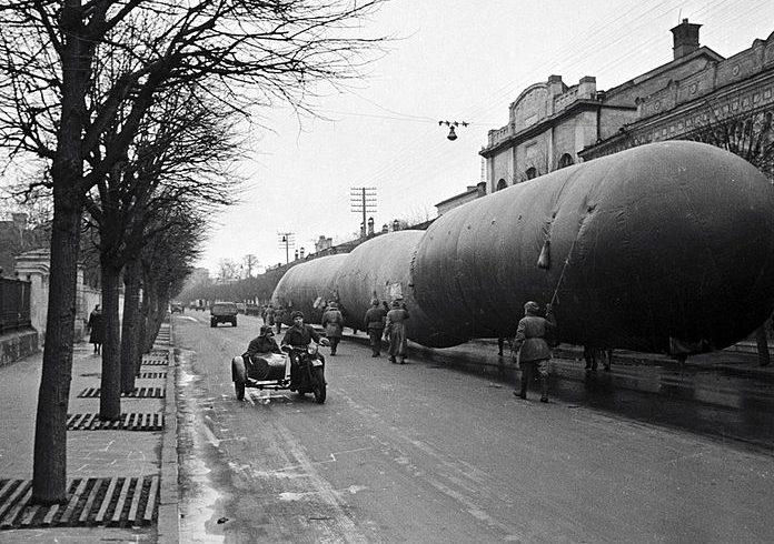Газгольдеры на Большой Ордынке, Москва, ноябрь 1941 г.