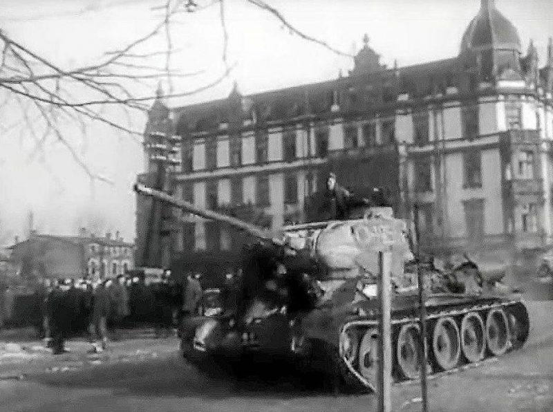 Советский танк в Ченстохове.