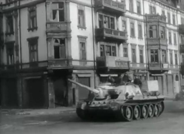 Советские войска в Ченстохове.