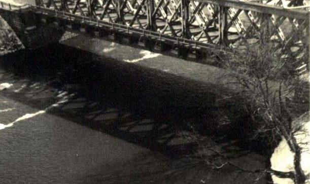 Новый мост, построенный немцами. 1941 г.