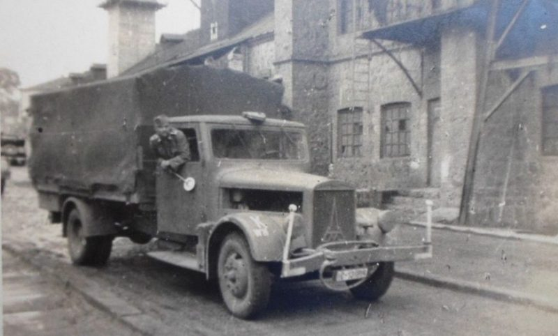 Городские улицы. Июль 1941 г.