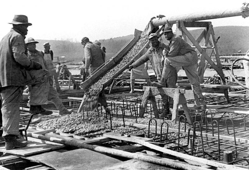 Строительство комплекса К-27. Ок-Ридж, Теннесси, 1942 г.