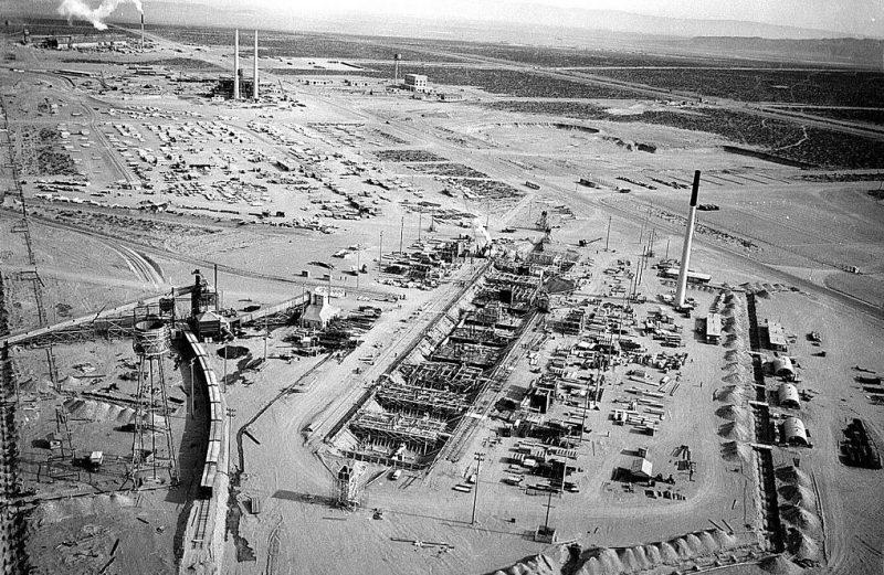 Строительство исследовательского объекта в Хэнфорде. 1942 г.