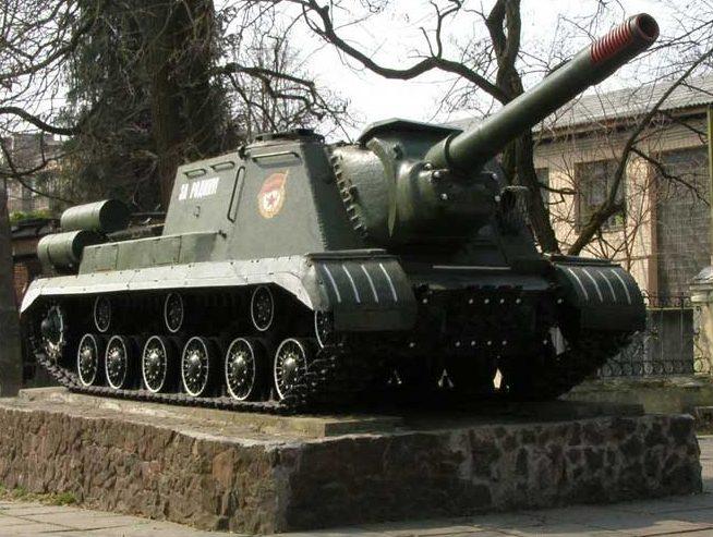 САУ ИСУ-152.