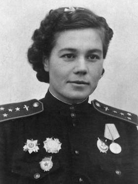 Герой Советского Союза - Ольга Санфилова - командир эскадрильи 46-го авиаполка.