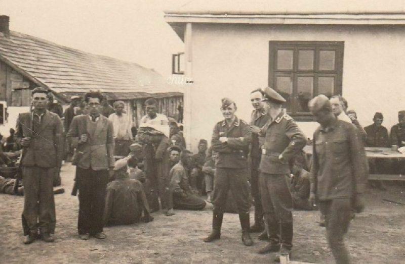 Военные и хиви. 1941 г.