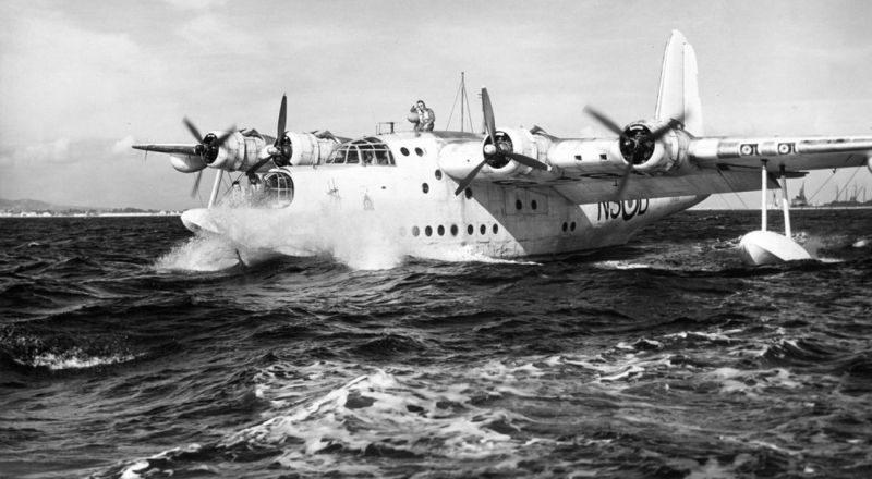 Летающая лодка-амфибия Шорт «Сандерленд» в Атлантическим океане. 1941 г.