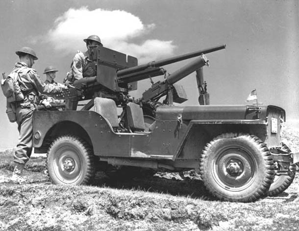 37-мм противотанковая пушка на джипе. 1942 г.