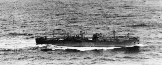 Британский транспорт боеприпасов MV «Port Fairy» в плавании в Атлантике. 1941 г.