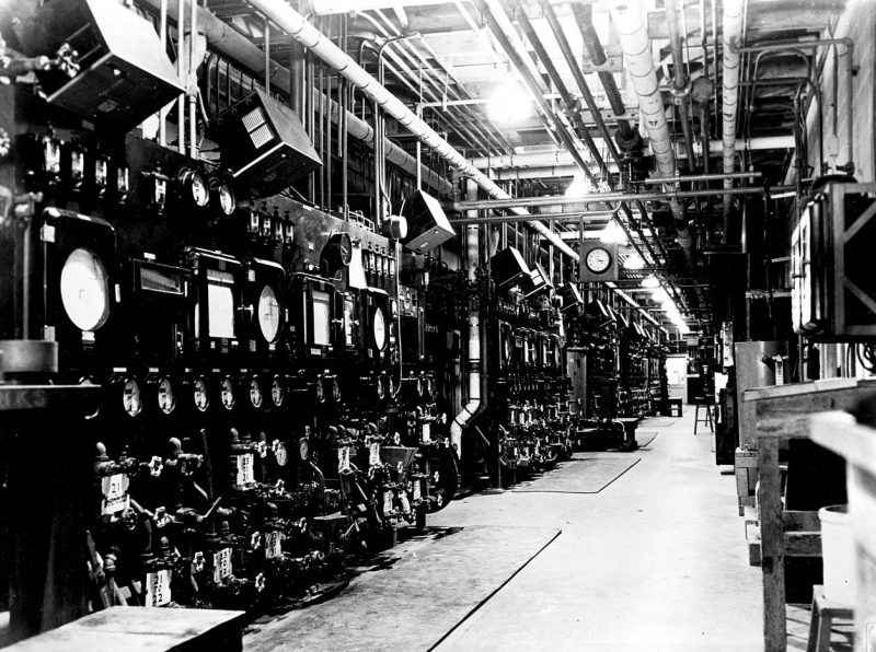 Цеха графитового реактора Х-10. 1943 г.