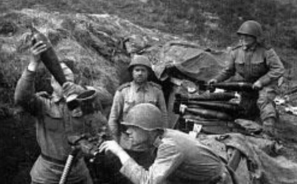 Советские минометчики у Ярцево. Сентябрь 1943 г.