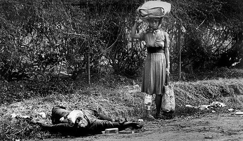 Тела филиппинских стариков, женщин и детей, убитых японскими солдатами. Февраль 1945 г.
