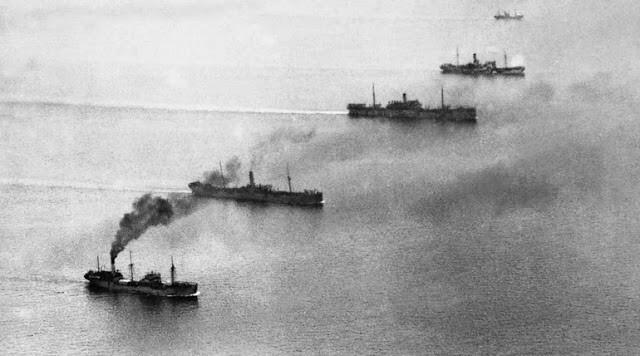 Арктический конвой в море. 1941 г.
