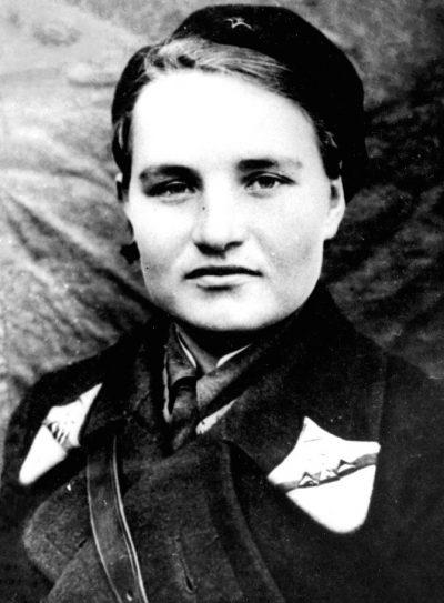 Юлия Пашкова - летчица 46-го авиаполка. 1942 г.