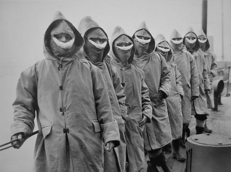 Британские моряки — участники Арктического конвоя. 1941 г.