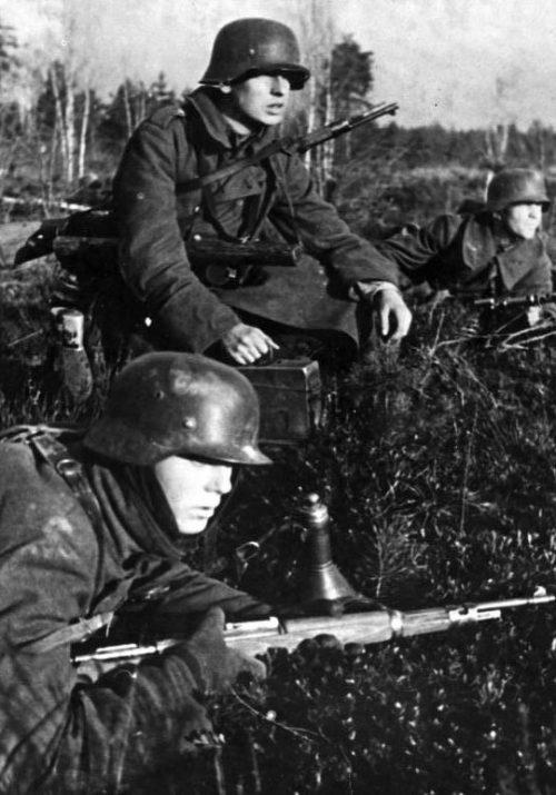Немецкие войска в обороне в районе Невеля. 1943 г.