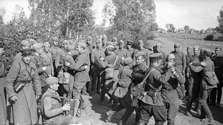 Отдых после успешных боев за Ярцево. Сентябрь 1943 г.