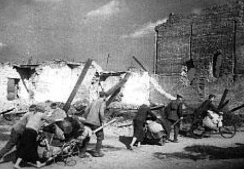 Возвращение беженцев. Сентябрь 1943 г.
