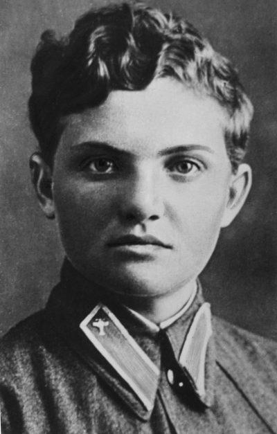 Летчица Рогова Софья. 1942 г.