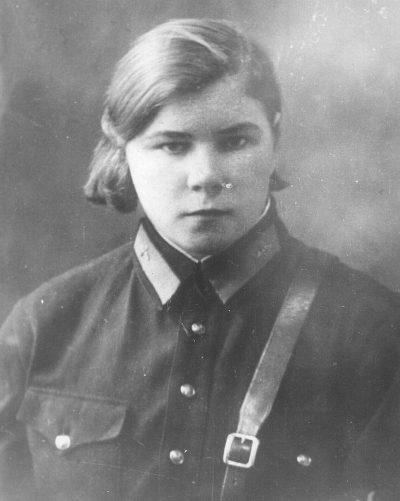 Евгения Крутова - командир звена 46-го авиаполка. 1942 г.
