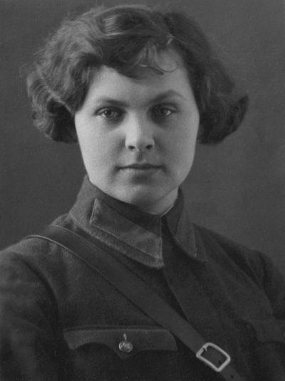 Штурман Ступина Валентина. 1942 г.
