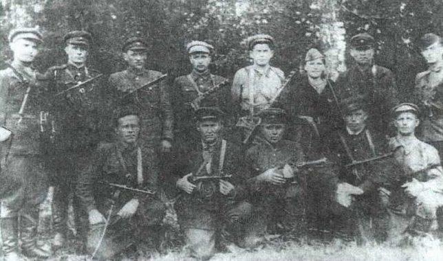 Партизанский отряд имени Ворошилова. 1943 г.