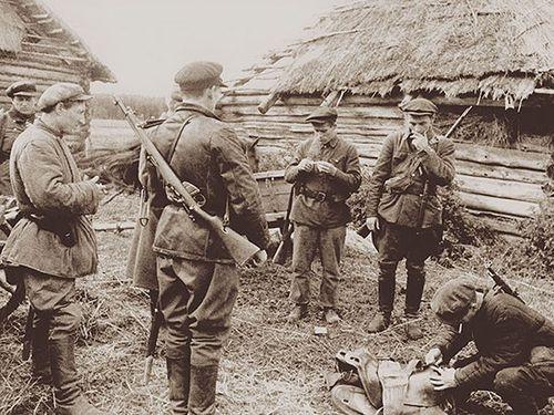 Партизаны в районе Порхова. 1943 г.