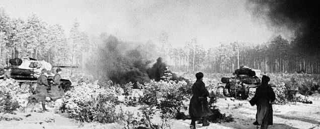 Советские войска под Мозырем. 1944 г.