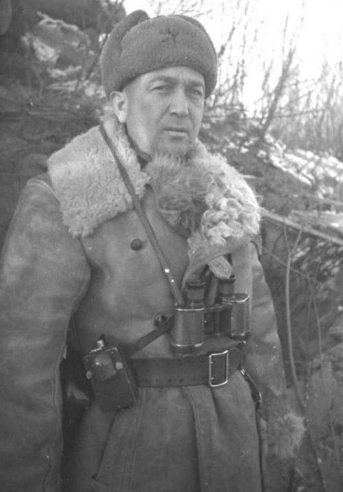 Герой Советского Союза полковник Дьяконов А.А. у Великих Лук. Декабрь 1942 г.