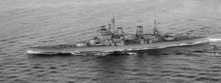 Британский линкор HMS «Duke of York» в составе конвоя в Северной Атлантике. Июль 1942 г.