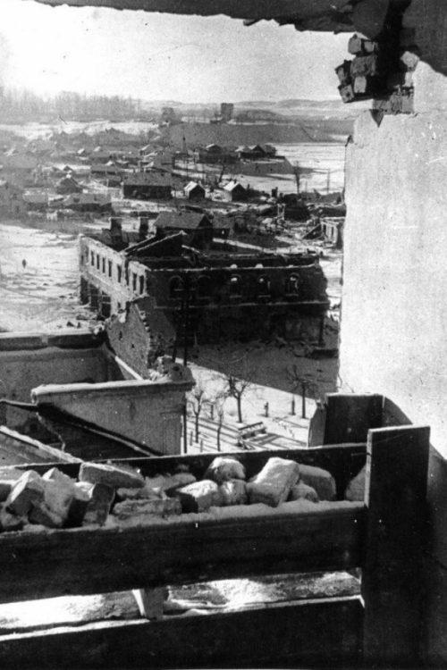 Немецкий наблюдательный пункт в центре города. 1943 г.