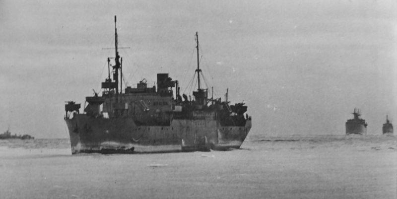 Транспортные суда конвоя JW-53 следуют в СССР. Февраль 1943 г.